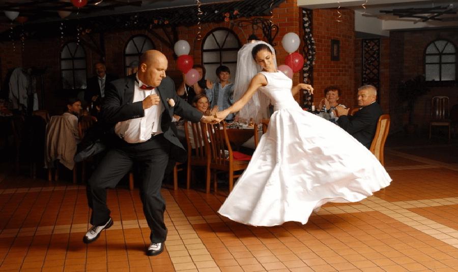 Как выбрать музыку на свадьбу