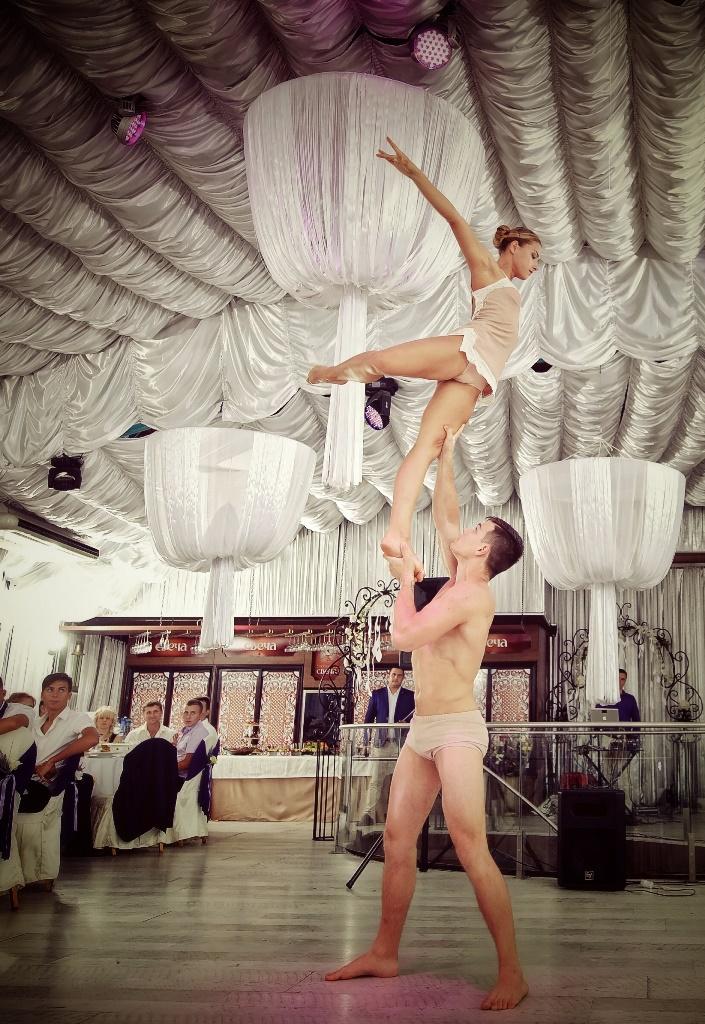 Шоу программа Акробаты Любви